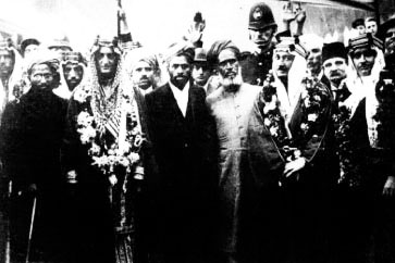 An image of Abdullah Quilliam with Prince Faisal of Saudi Arabia who is being received at Paddington Railway Station in London. You can see him to the right of the photo. Recent discovery by our web designer and researcher Afzal Kaduji
